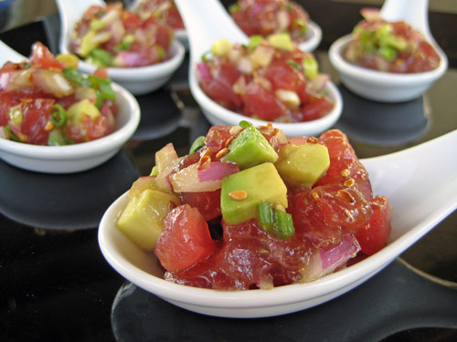 tuna tartare in spoon