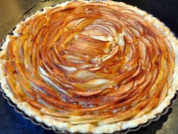 classic apple tart