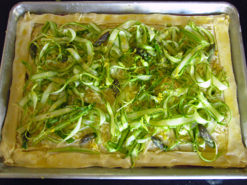 asparagus-and-gruyere-puff-pastry-tart