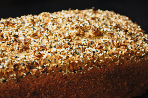 seed bread using bagel spice seed and spices blend