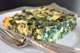 crustless-kale-pie-med-ost