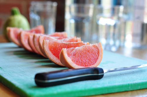 sm-grapefruit-slices-still-life