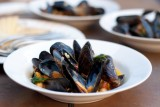 steamed-mussels-with-chickpeas-and-chorizo
