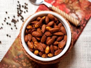 spiced-almonds