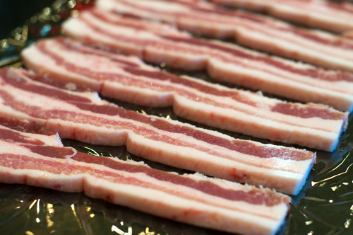 bacon rasher uncooked