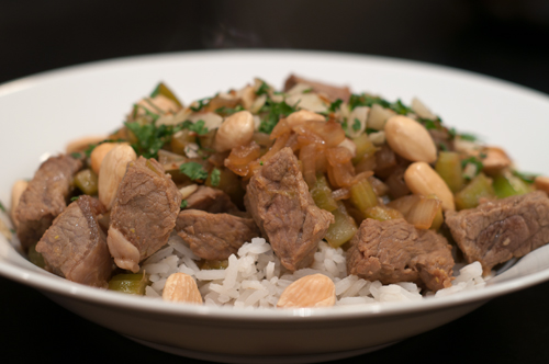 stir fry beef with celery and almonds