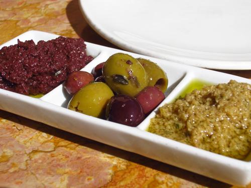 las vegas 15 olives