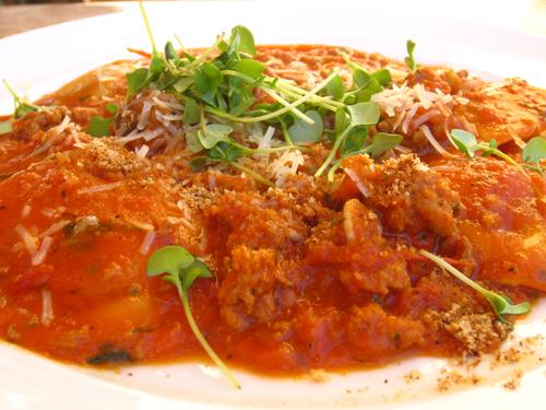 las vegas 17 olives ravioli