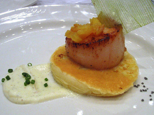 chefs up front snooze seared scallops on lemon blinis