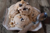 peanut butter ice cream with chocolate chips
