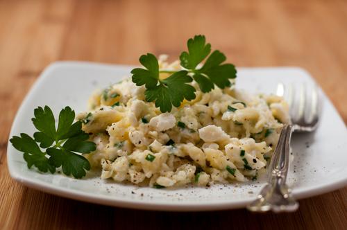 egg and feta scramble with herbs
