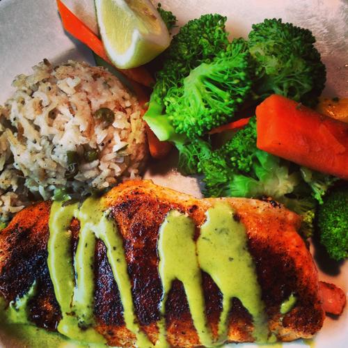 seattle lowells pike place market salmon