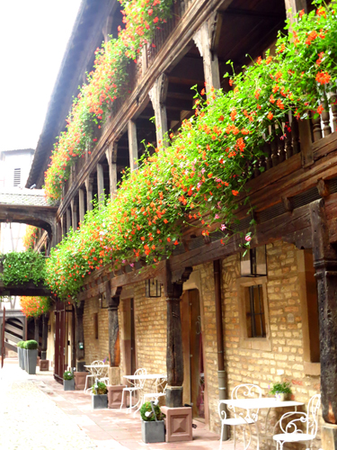 3 strasbourg france hotel corbeau