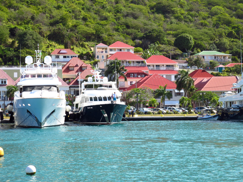 5 st barths yachts in harbor