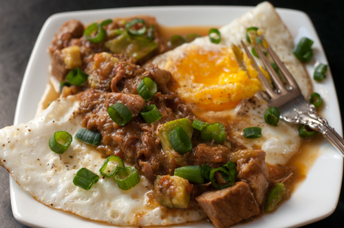 green chile smothered eggs 1
