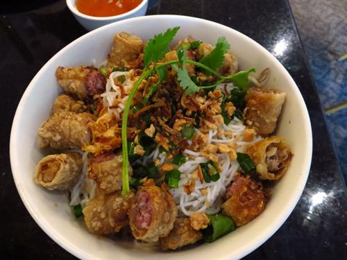 new saigon rice bowl eggrolls