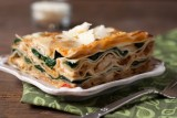 spinach and chicken lasagna with bechamel 1