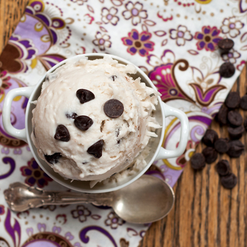 coconut ice cream with chocolate chips 1-1