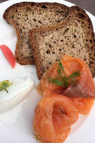 new york 39 tavern on the green salmon and irish bread