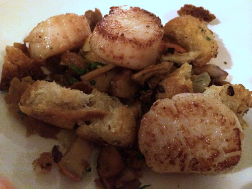 14 WA seattle tulio scallops plum deluxe dinner