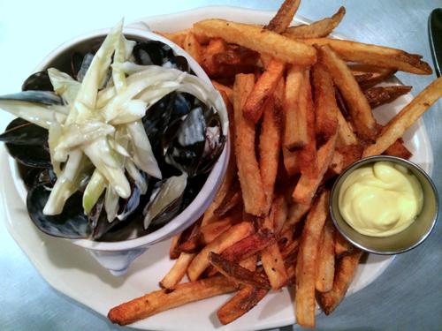 37 WA bainbridge restaurant marche mussels frites aioli