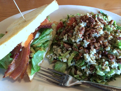 8 WA woodinville the commons blt and chopped salad
