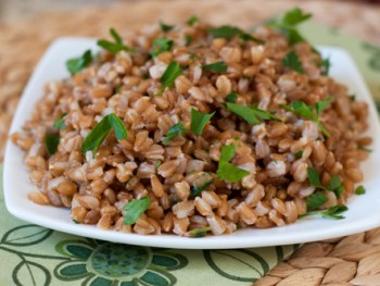 creamy-farro-with-parsley