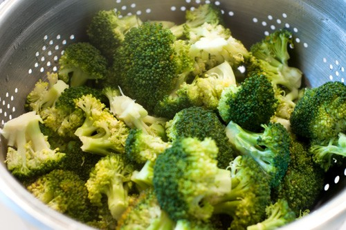 broccoli-crowns-steamed