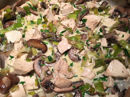 tarragon-chicken-with-mushrooms-and-leeks-cooking