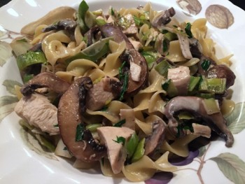 tarragon-chicken-with-mushrooms-and-leeks-on-egg-noodles