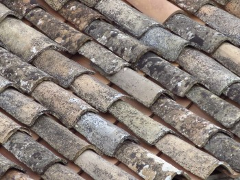 roof-tiles-lecce