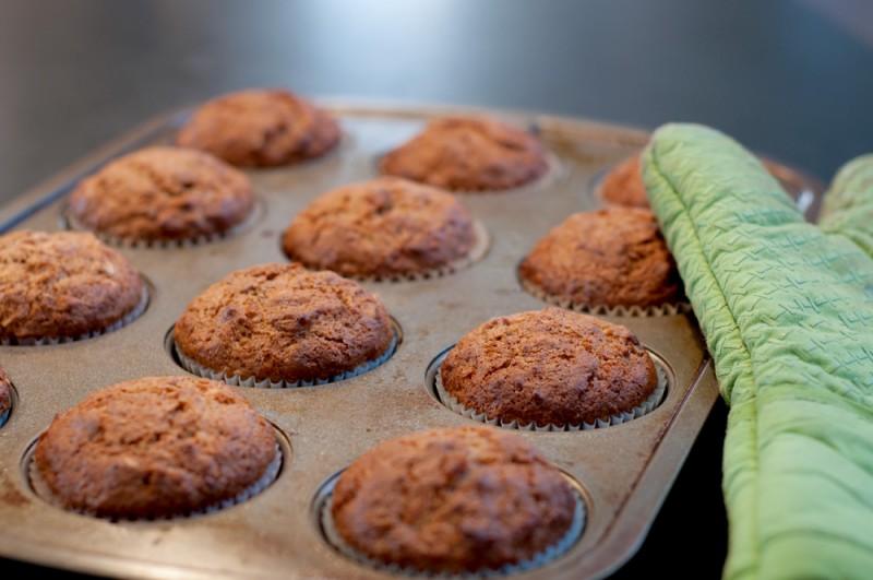 jam-muffins-with-strawberry-rhubarb-almond-1