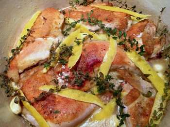 lemon-garlic-braised-chicken-with-thyme