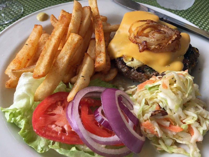 caribbean-bvi-cane-garden-bay-burger-fries