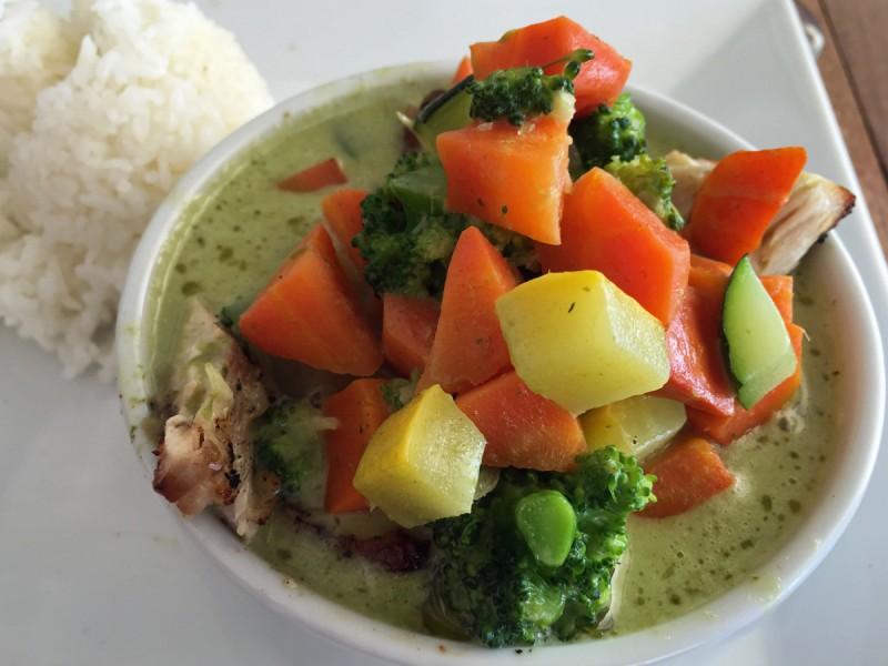 caribbean-bvi-pirates-bight-fish-curry-soup