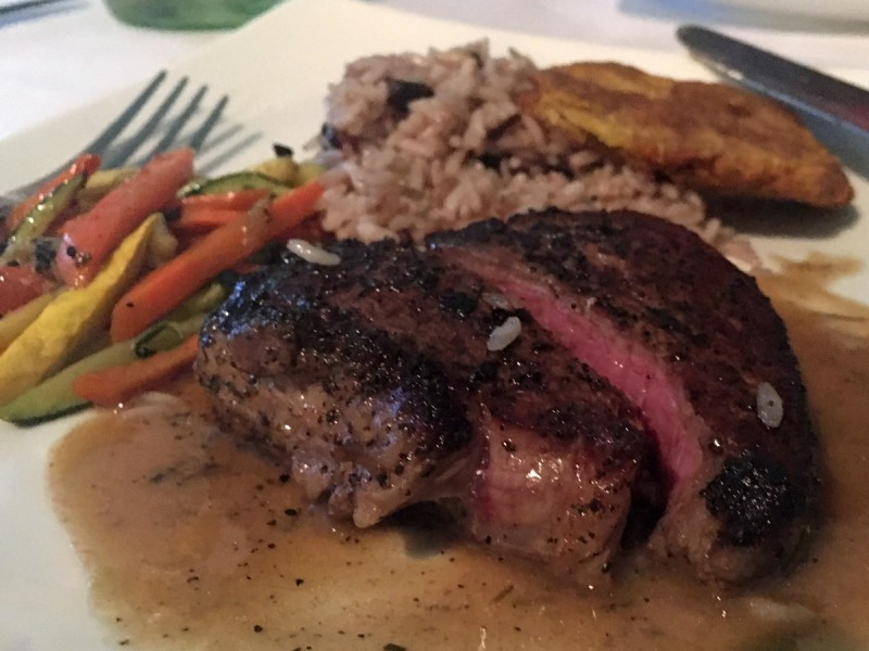 caribbean-bvi-virgin-gorda-fischers-cove-beef-tenderloin