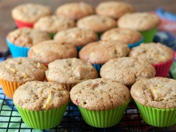 rhubarb-apple-muffins
