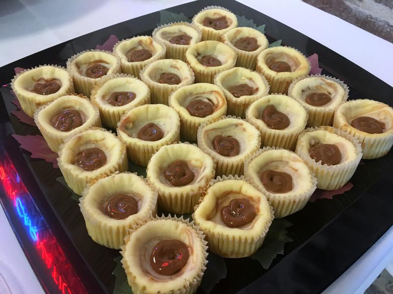 dulce-de-leche-cheesecake-tarts-1