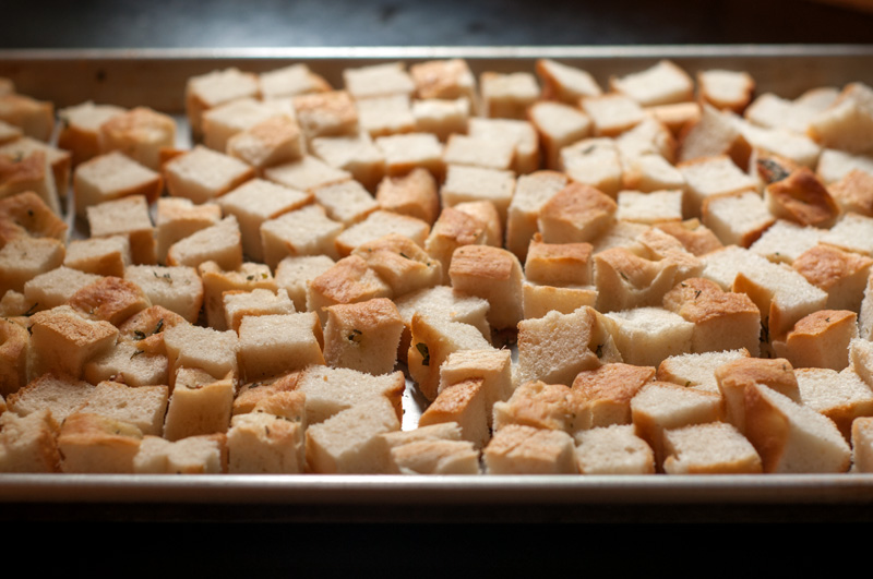 foccacia-croutons-1