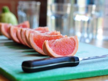 grapefruit-slices-still-life