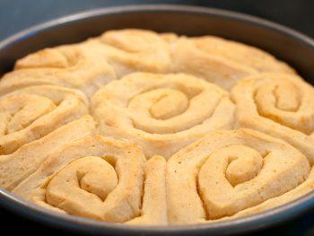 sourdough-buttery-rolls