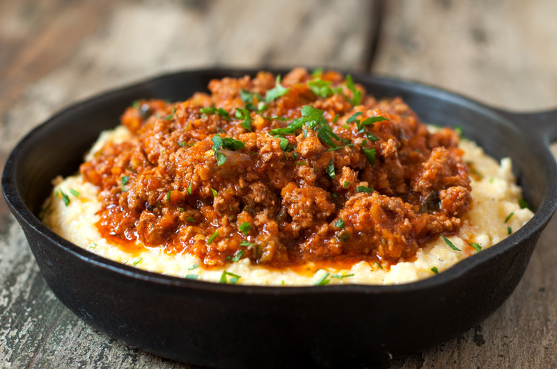 NR-Creamy-Polenta-with-Mascarpone-and-Spicy-Ragu-Sauce-2