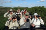 travel-with-friends-4-safari