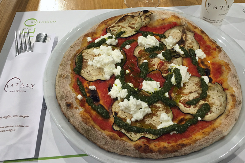 rome-eataly-pizza