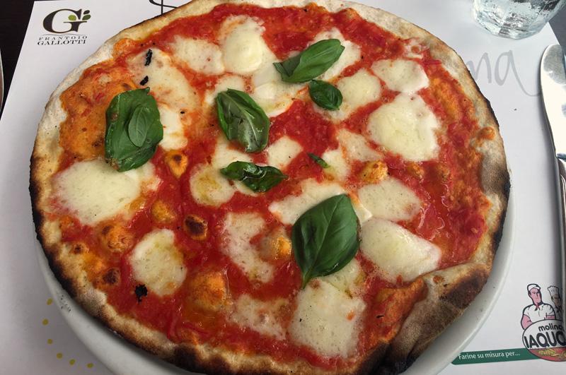 rome-emma-pizza-margherita