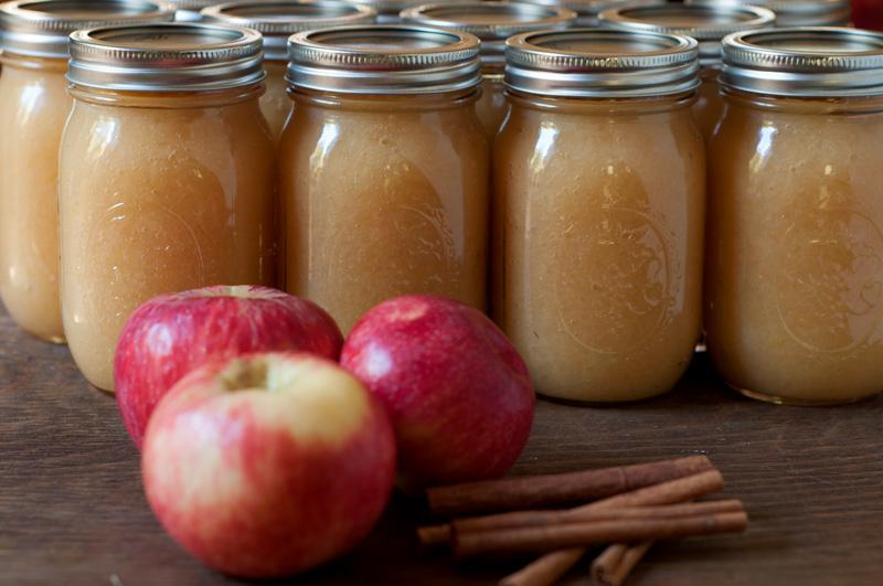 Putting Up Applesauce