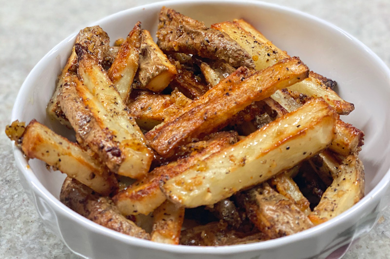 The Best Garlic Parmesan Oven Fries